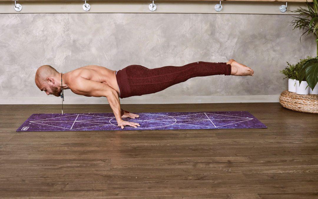 Yoga: sempre più al maschile